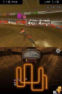 Moto Racer DS (E)(XenoPhobia) Screen Shot